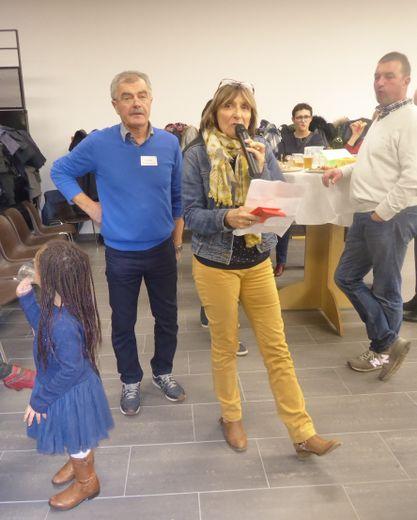 Pierre Viala et Nicole Cransac remerciant les participants et les partenaires avant que ne débute cette soirée festive.