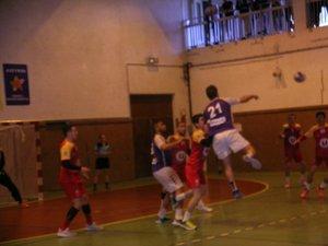 Déplacements difficiles pour les handballeurs et les rugbymen
