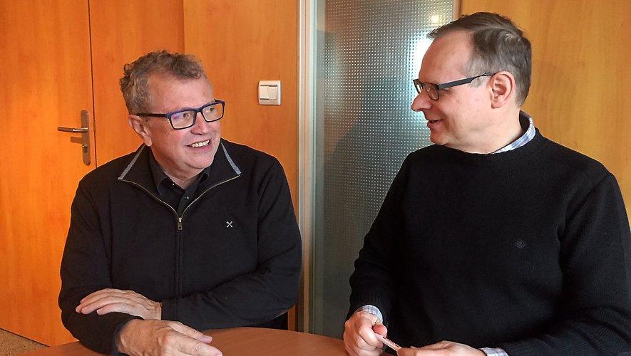 Michel Alibert et benoît Bougerol à la CCI. Les deux représentants des commerçants invitent la clientèle à retrouver le chemin des magasins et veulent rester optimistes.