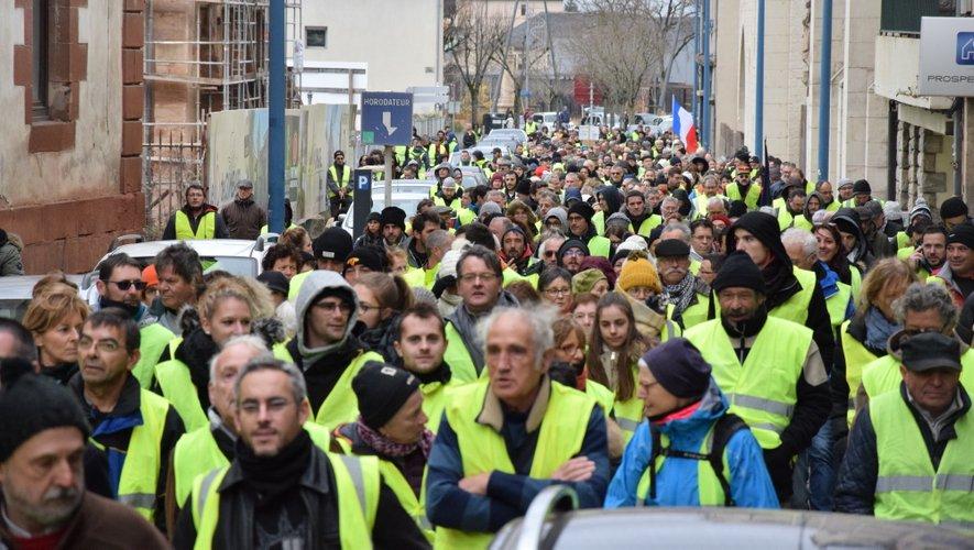 Entre 1 500 et 2 000 personnes ont arpenté les rues ruthénoises.