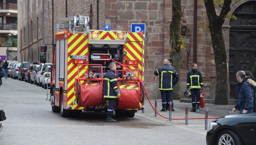 Les pompiers ont rapidement circonscrit le début d'incendie.