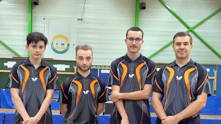 Guillaume Gaziglia, Alexis Poplin, Anthony Bousquet et Laurent Gayrard composent l'équipe 1 du Ping club.