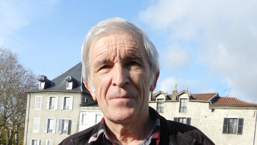 Serge Gayral présente son 17e  livre « Entremeses ».