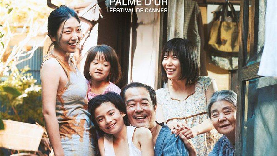 """Hirokazu Kore-Eda a remporté la palme d'or pour """"Une affaire de Famille"""" lors du Festival de Cannes 2018."""