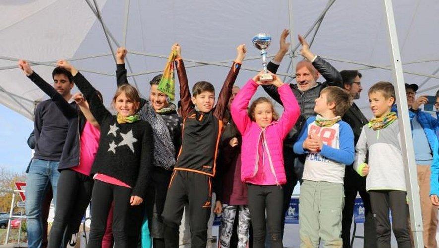 Les écoliers de Mur-de-Barrez sont champions de l'Aveyron pour la seconde année consécutive.