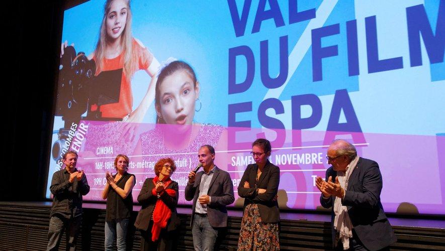 Pascal Galopin, au centre, espère attirer des jeunes à l'organisation du prochain festival.