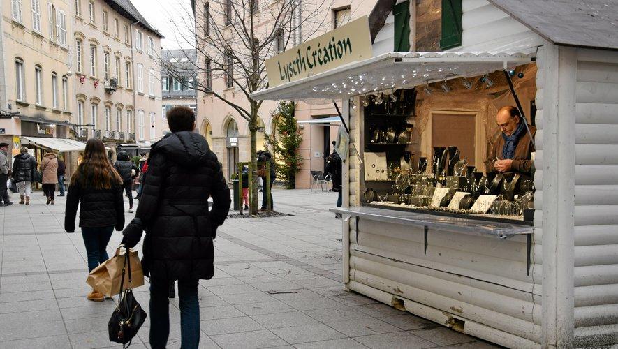 Comme ici à Rodez, les marchés de Noël vous attendent dans de nombreuses villes du département.
