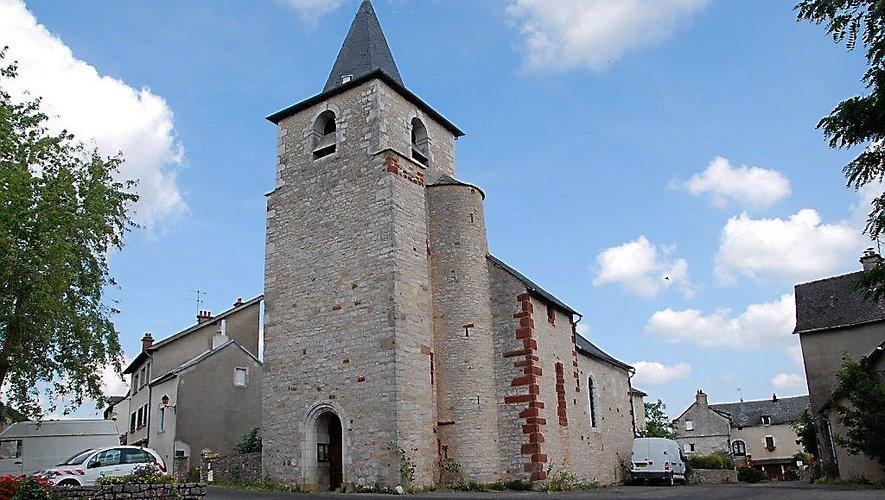 Vue de l'extérieur, comme  de l'intérieur, l'église Saint-Barnabé mérite le détour.