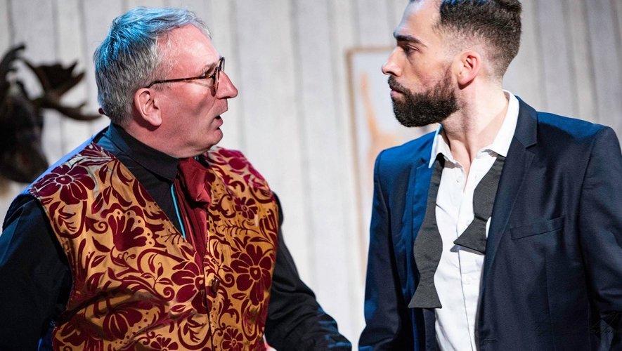 Jean-Marc Molinier et Fabien Austruy, deux des comédiens de la troupe.
