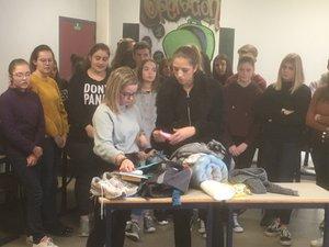 Les lycéens de Foch ont remis les sac à dos à la Croix-Rouge.