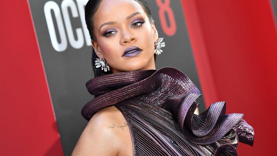 """La chanteuse et actrice Rihanna arrive à l'avant-première de """"Ocean's 8"""", le 5 juin 2018 à New York."""
