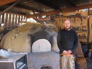M. Saül Feron, paysan boulanger au lieu-dit Le Coulet.