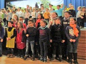 Bonnes vacances et bonnes fêtes de fin d'année à tous ces petits écoliers.