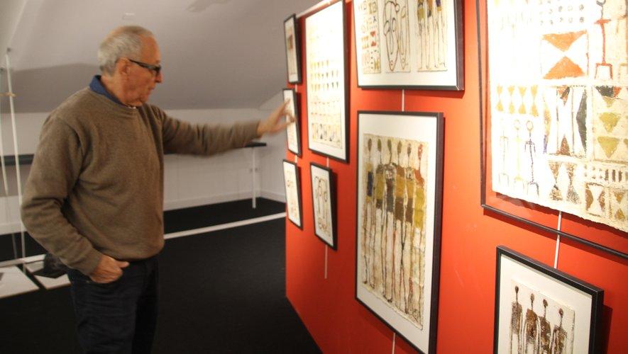 Daniel Delpech dans sa galerie du Causse.