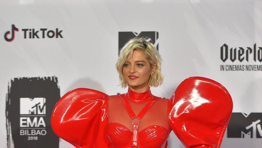 La chanteuse Bebe Rexha s'est visiblement trompée de soirée. Ne pensant pas assister aux MTV Europe Music Awards, la belle blonde a opté pour une tenue très (très très très) sexy. Bilbao, le 4 novembre 2018.