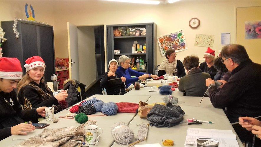 Noël fêté au club de tricot Maill'Agas