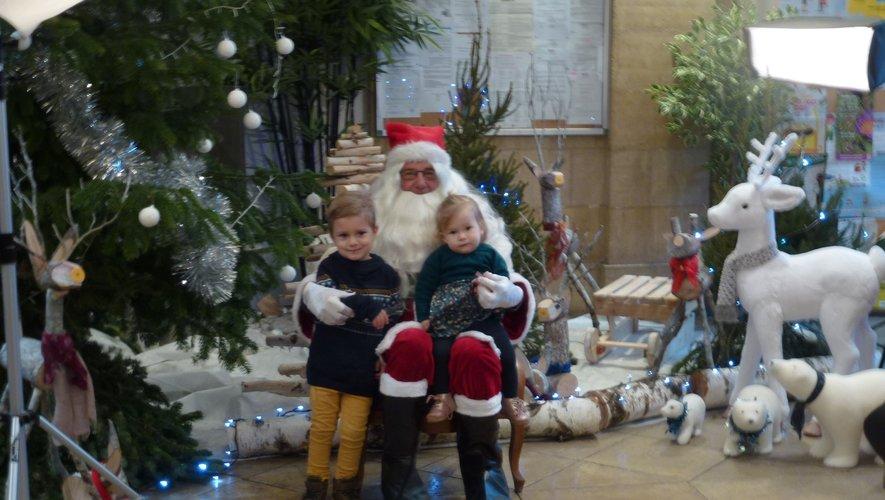 Les photos avec le père Noël ont connu un vif succès.