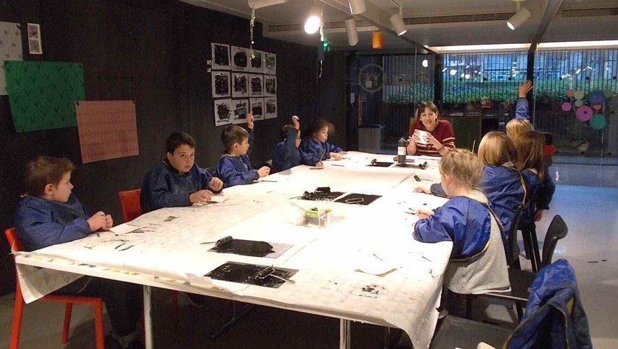Les élèves ont participé à un atelier de création autour des estampes.