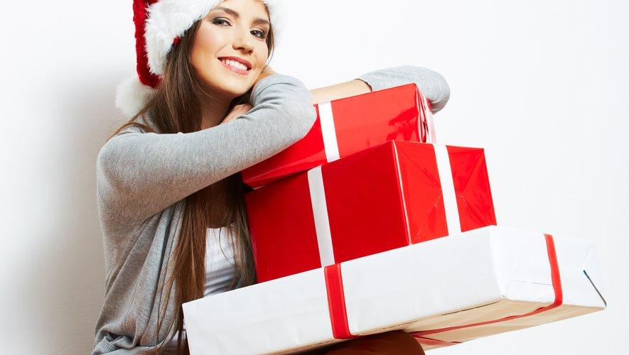 Non désirés ou superflus, des cadeaux se retrouvent par milliers sur les sites d'annonces entre particuliers depuis le matin de Noël. Un phénomène devenu naturel pour ceux qui sont nés avec internet et un bonus pour le pouvoir d'achat.