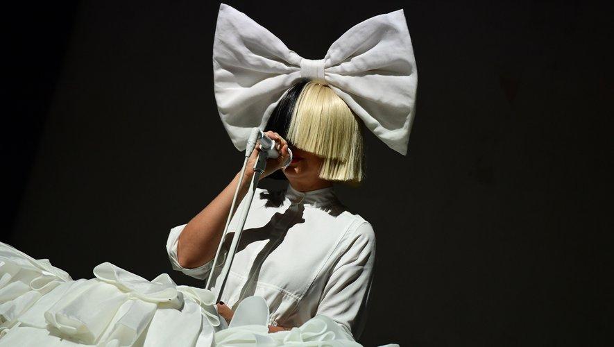 L'Australienne Sia sur la scène du Sziget Festival, le 15 août 2016.