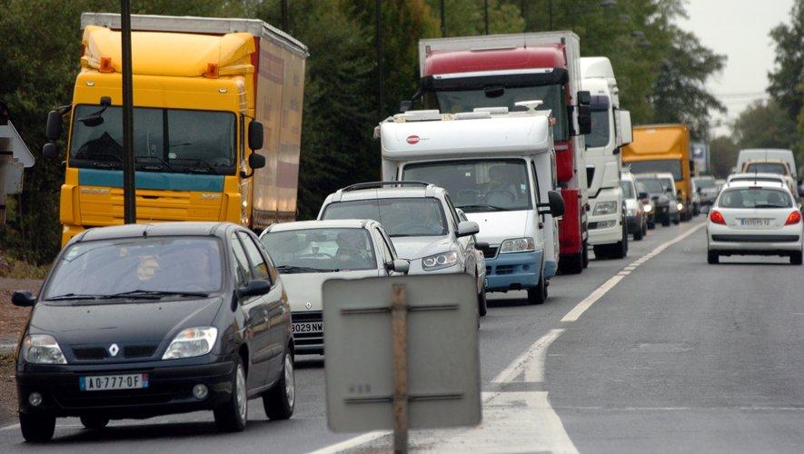 L'itinéraire entre Rodez et le Causse comtal a vocation à diviser par deux le trafic au sortir de Rodez.