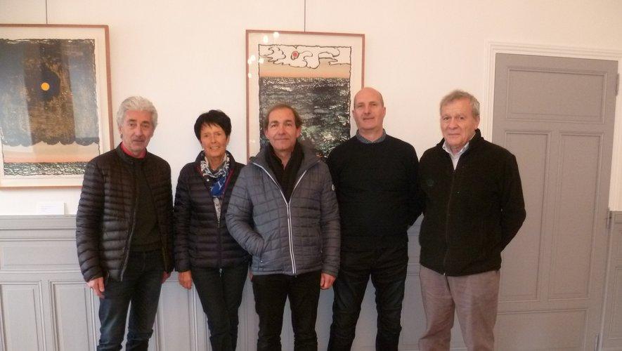 Les quatre agents recenseurs aux côtés de Michel Soulié, maire de Rieupeyroux.