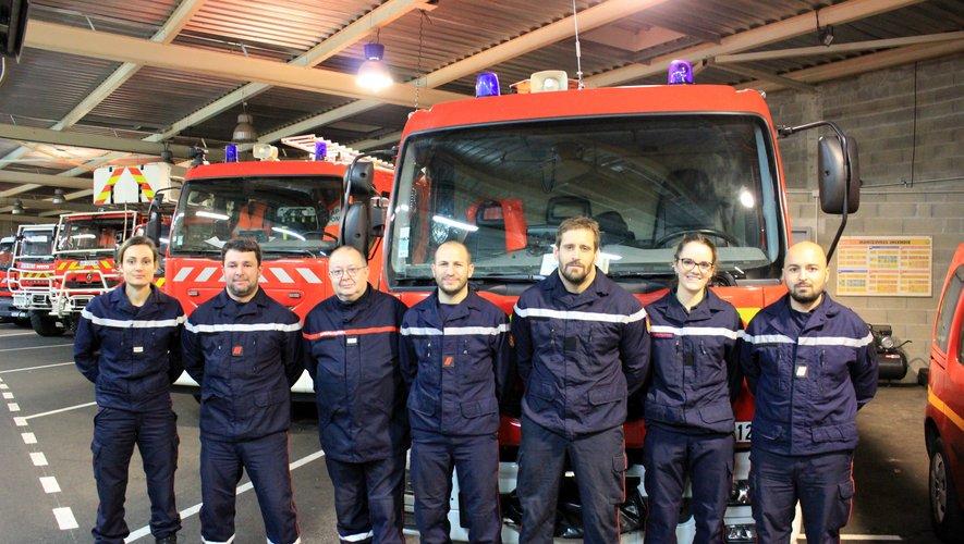 L'équipe de garde des sapeurs-pompiers du Bassin, lundi soir.