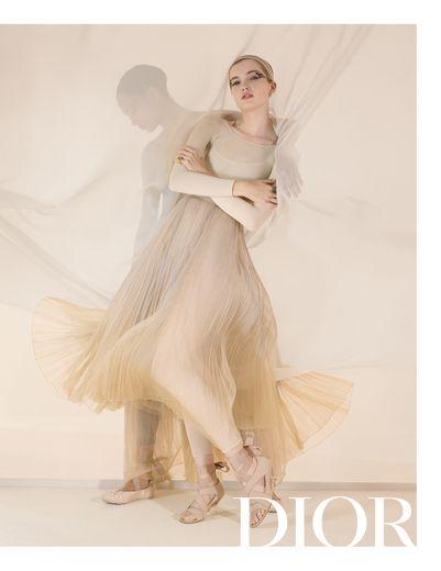 Dior s'inspire de la danse et du corps en mouvement pour sa campagne printemps-été 2019.
