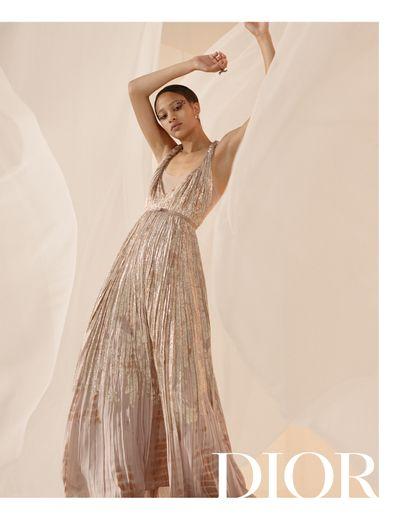 Selena Forrest fait partie des muses enrôlées pour la nouvelle campagne de Dior.