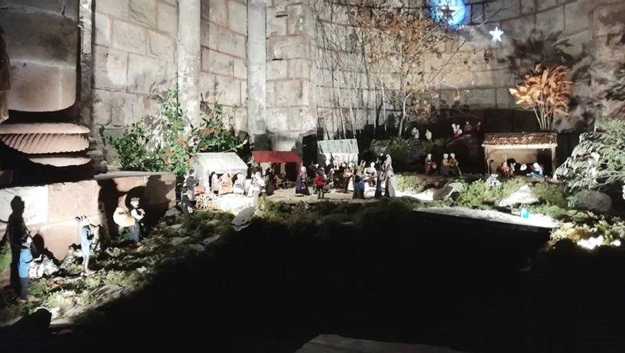 Concert de noël près de la crèche dans l'abbatiale