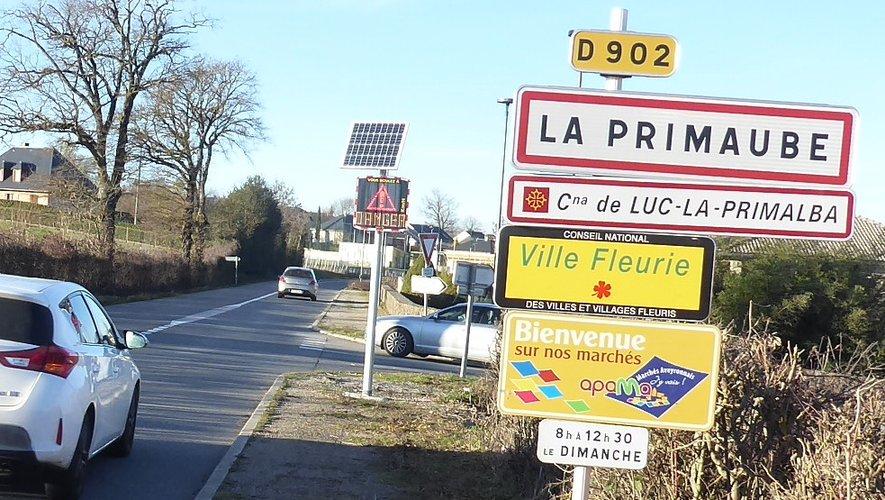 Le radar pédagogique installé à l'entrée de La Primaube, route de Cassagnes.