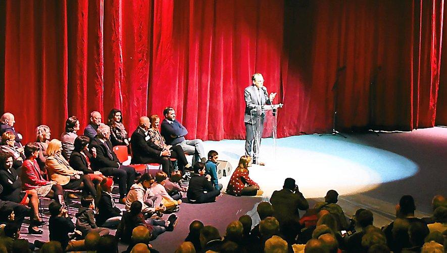 Devant une salle comble, le maire de Rodez Christian Teyssèdre a présenté ses vœux aux Ruthénois.