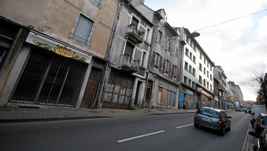 Douze immeubles, côté gauche, sont promis à la démolition.