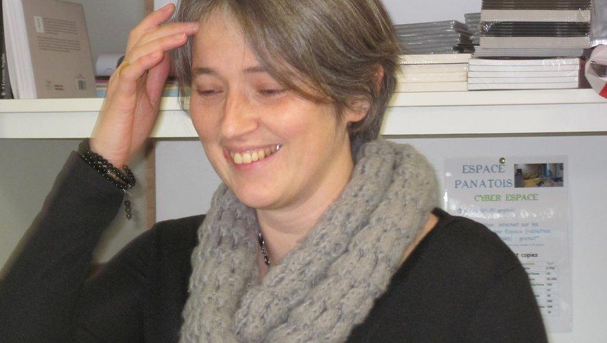 Bénédicte Arguel, à l'espace Panatois, secondée parfois d'Annette,une bénévole.