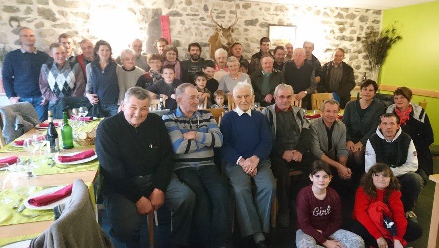 Adhérents, anciens adhérents, retraités et leurs conjoints se sont retrouvés pour fêter les 40 ans de la Cuma.