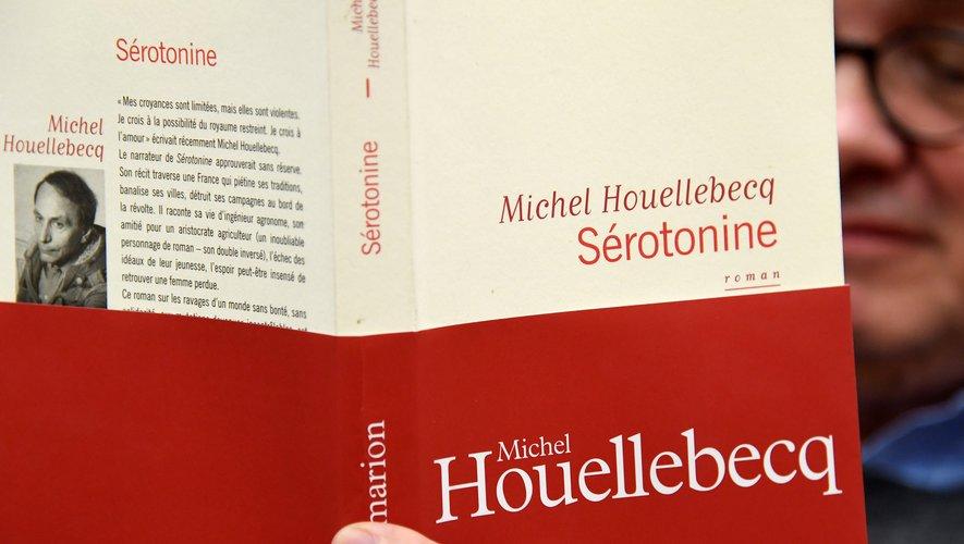"""""""Sérotonine"""" de Michel Houellebecq est en tête des ventes de livres."""