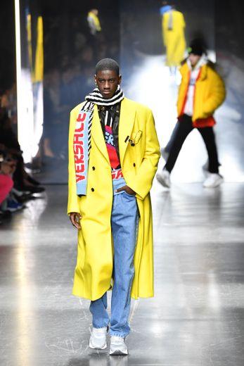 Une création Versace du défilé automne-hiver 2019/20 de Milan, le 12 janvier 2019.