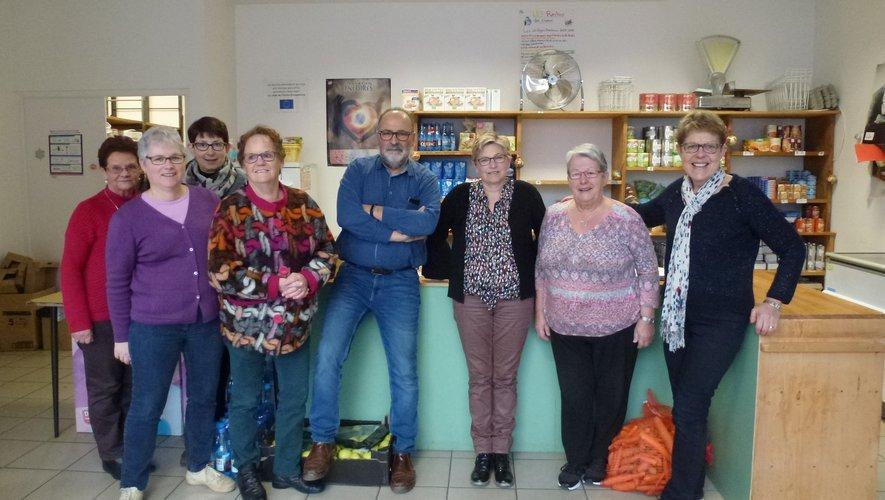 Contrairement à cette photo de rentrée, les bénévoles ont perdu le sourire…