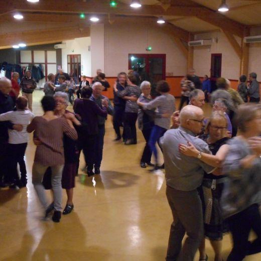 Musiques, danses et amitiés sont le ciment de l'association La Canétoise.