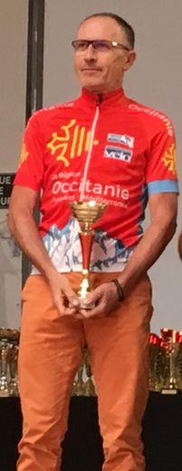 Claude Azémar lors de la cérémoniede remise des trophées Occitanie.