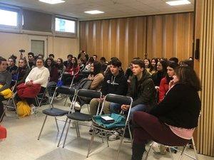La prise de contact entre élèves du lycée Raymond-Savignac et de l'IES Chando-Monte.