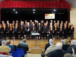 Un après-midi enchanteur avec la chorale des Troubadours à la Doline