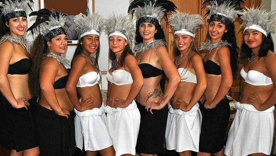 Les danseuses du groupe Ori-Maohi proposeront aux nageurs de s'essayer aux danses exotiques.