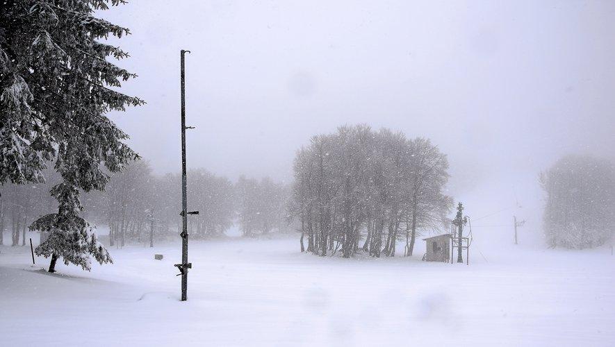 Offensive de la neige dans les heures à venir en Aveyron ? Telle est la question.