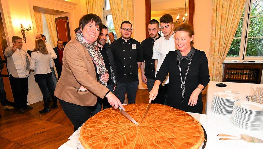 Cette année, la traditionnelle galette a été confectionnée par Aurélien Dauny, boulanger à Flavin.