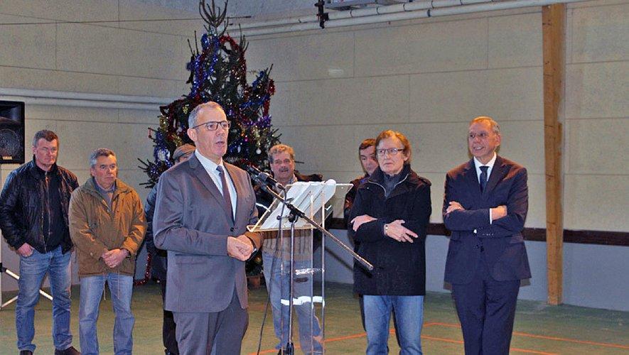 Le maire en présence du sénateur Jean-Claude Luche.