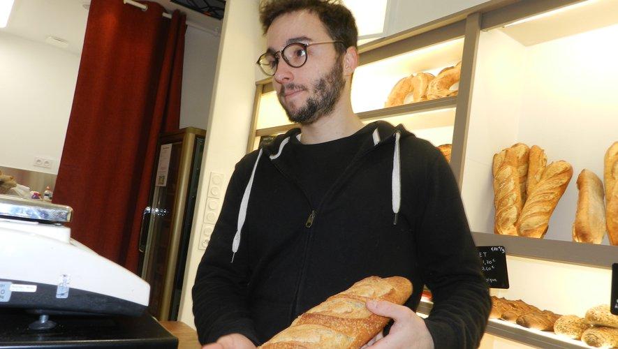 Romain Bedel tient la boutique de Villefranche de la famille de boulangers-pâtissiers de Sanvensa.