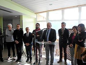 Didier Bourdon est l'administrateur provisoire de l'hôpital.