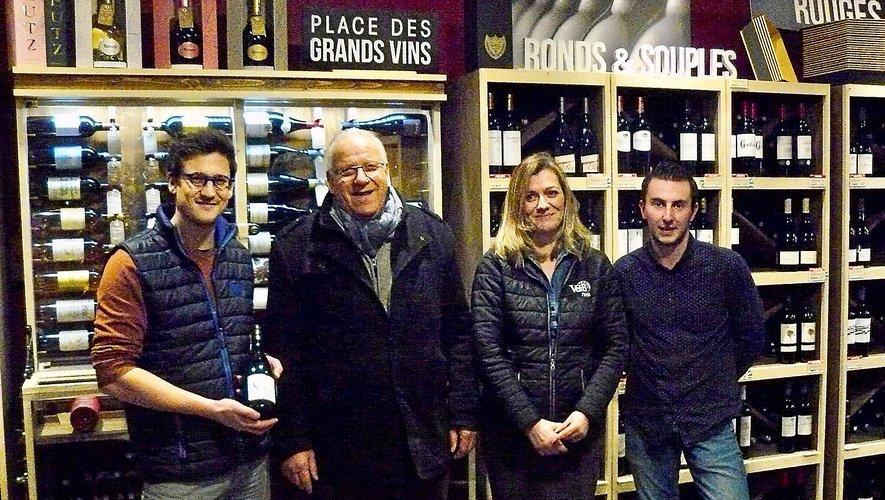 Marcel Mézy (au centre) a fait revivre des vignes vieilles de plus de 120 ans.