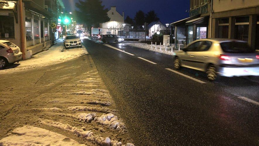 Ce jeudi, tôt dans la matinée, la circulation reprenait doucement à Baraqueville.